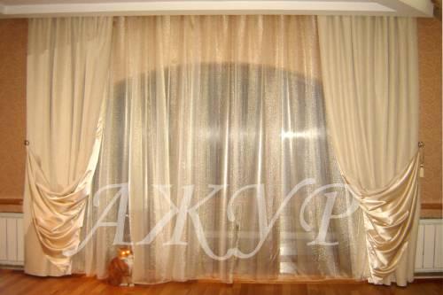 белые шторы в гостиную фото
